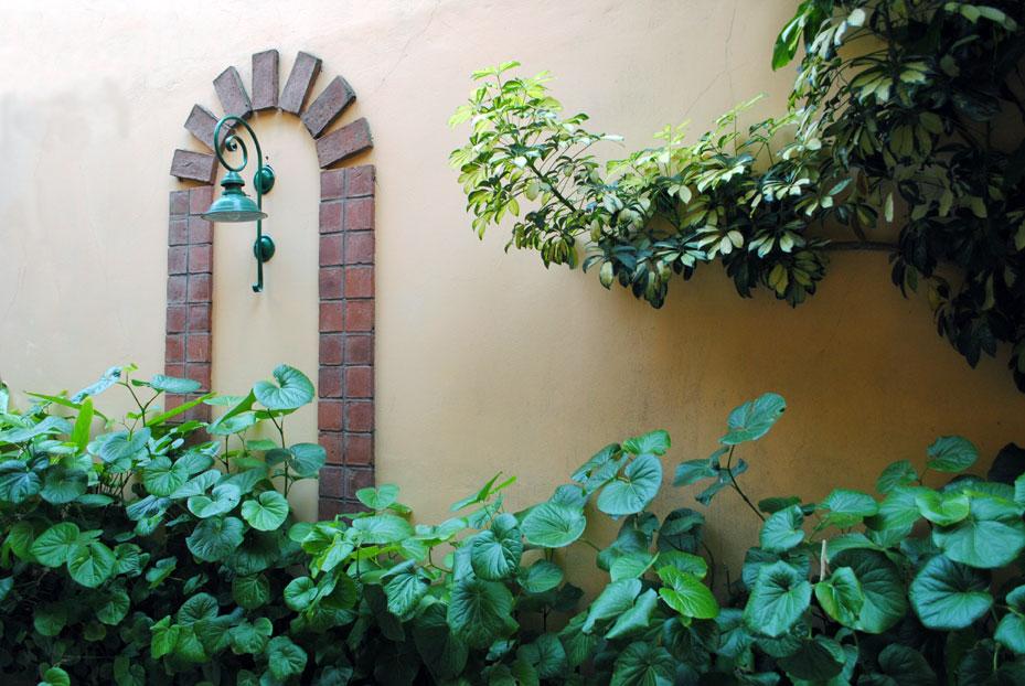 Nuestras instalaciones lets go instituto de ingl s rosario - Planta baja en ingles ...
